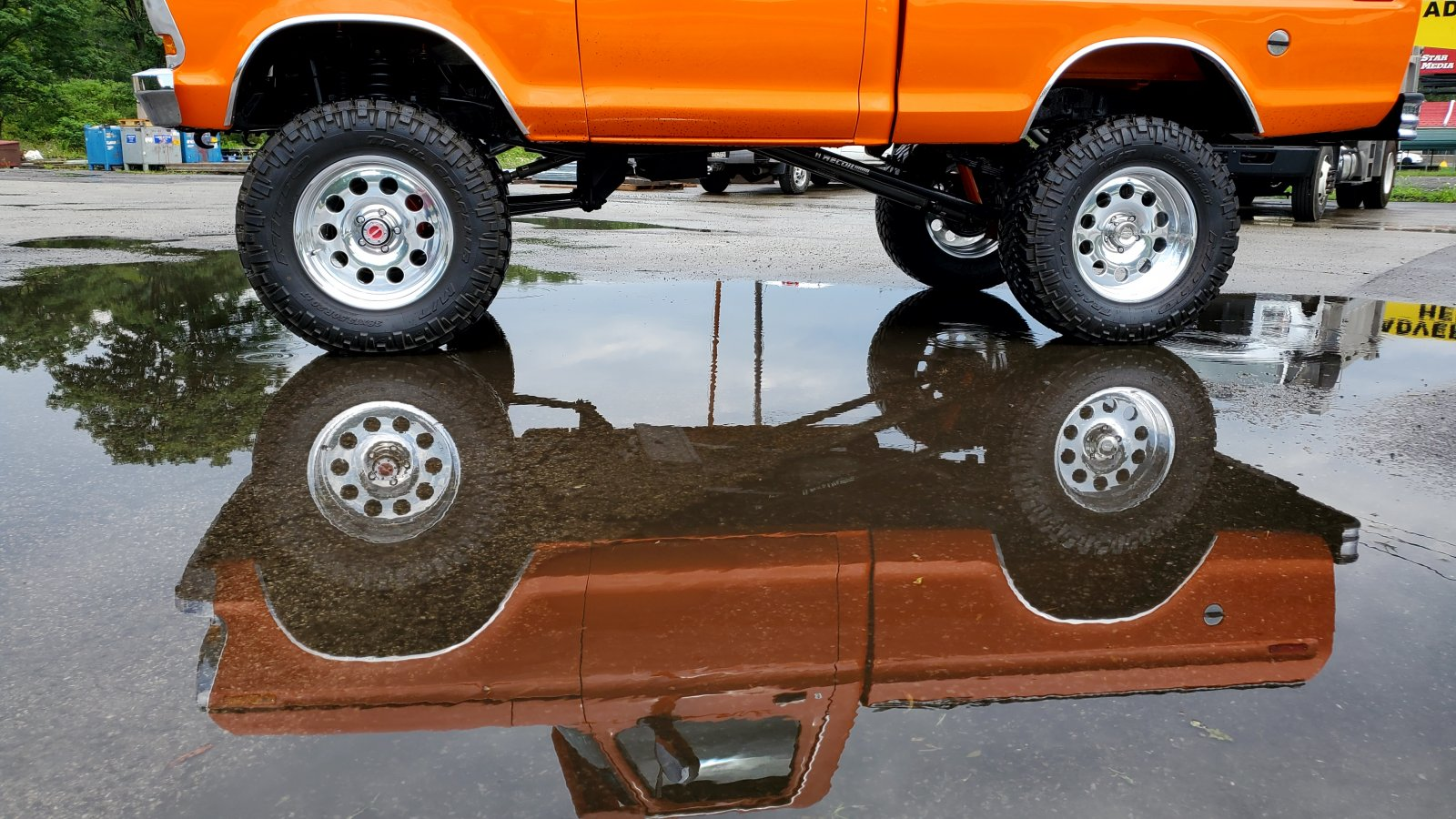 Re-Built 1978 Ford F150 4x4 Orange 6.jpg