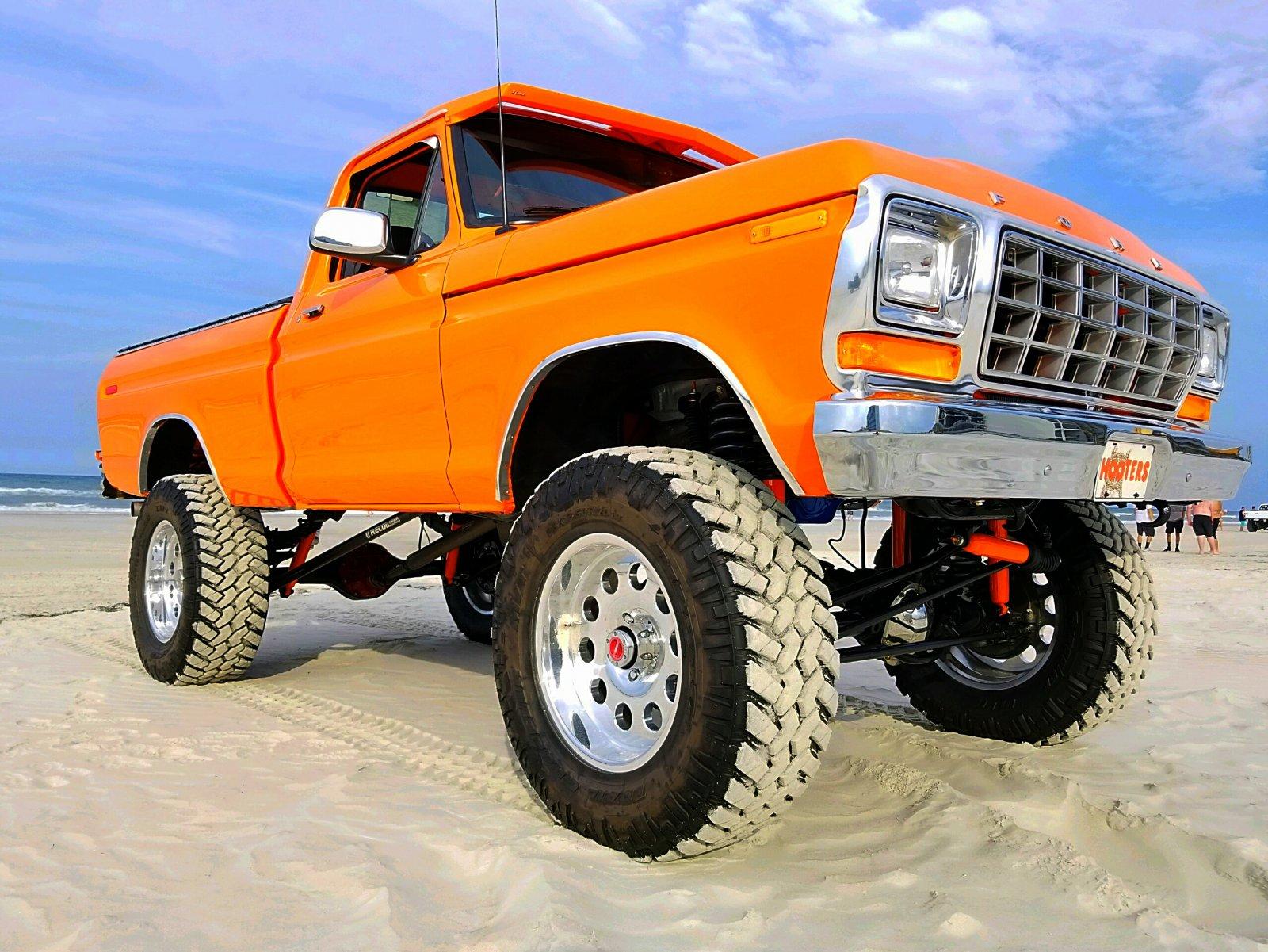 Re-Built 1978 Ford F150 4x4 Orange 8.jpg