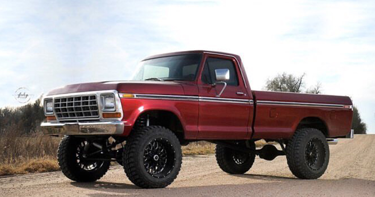 Ruby Red 1977 F-150 With a 79 Front And 460 Engine.jpg