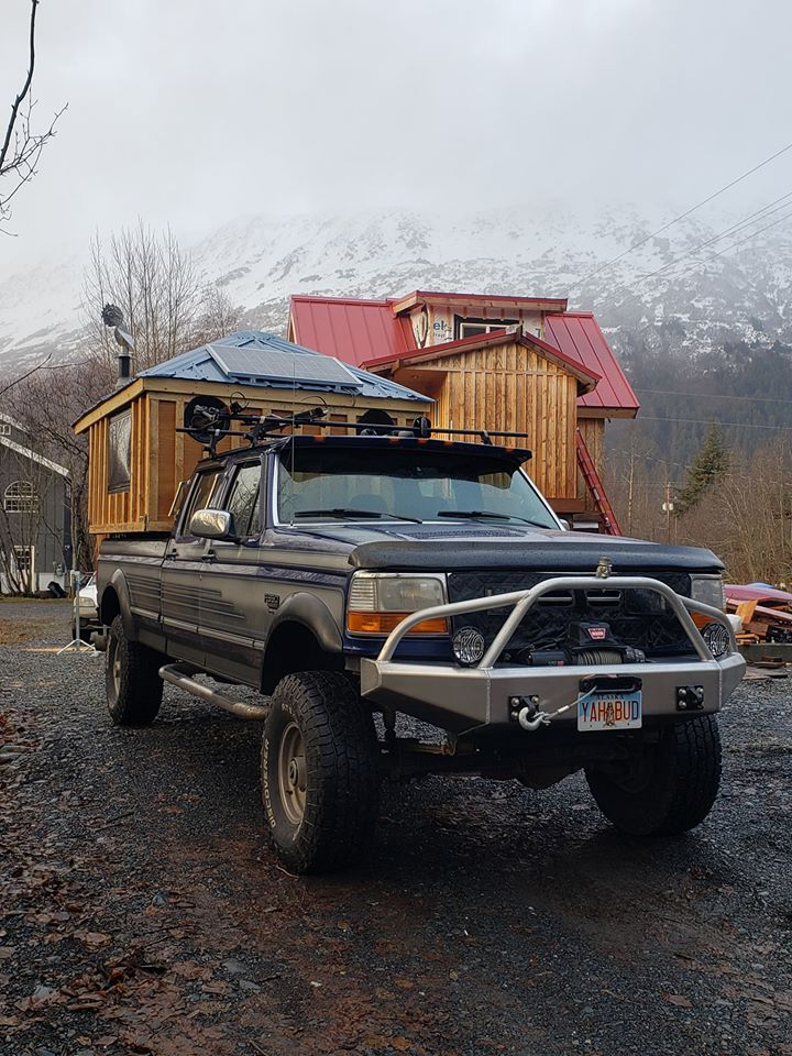 Tiny House Built On Bed Of A Ford F350 7.jpg