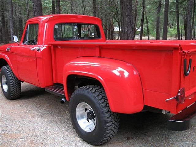 Viper Red 1964 Ford F-250 Flareside Bed 4x4  5.jpg