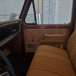 seat and passenger door.jpg